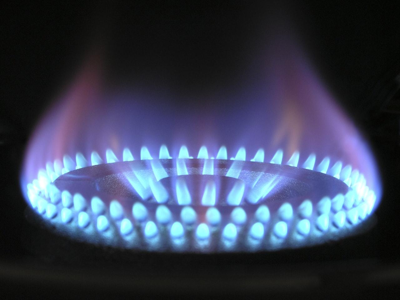 """Gás """"Natural"""" é metano: a ciência explica"""